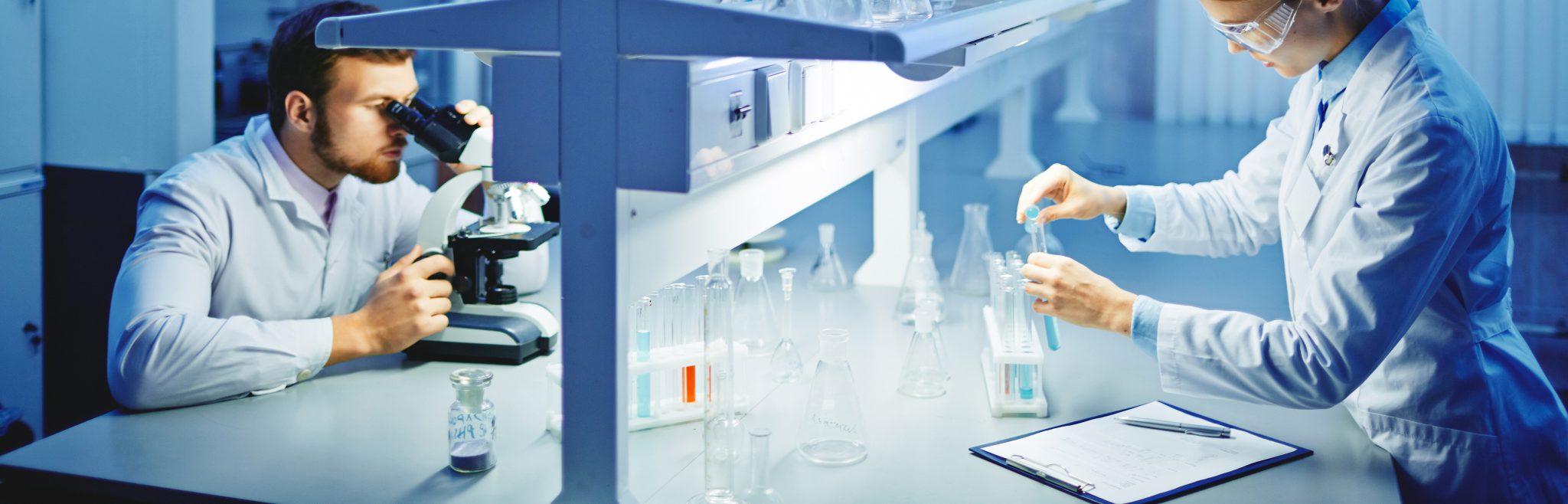 Laboratorieinnredning og avtrekkeskap